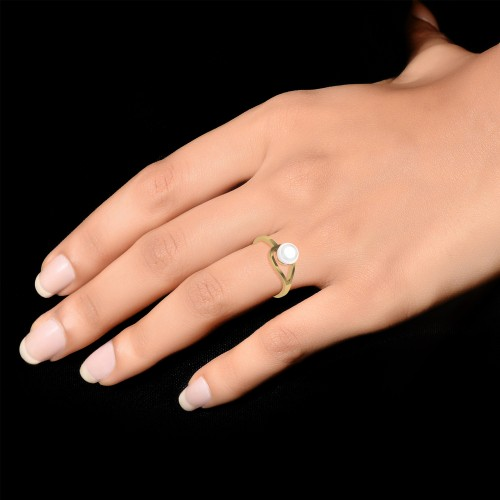 Akhila Gold Ring