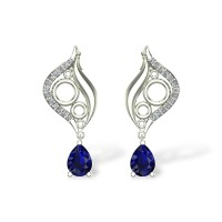 Bethany Diamond  Earring